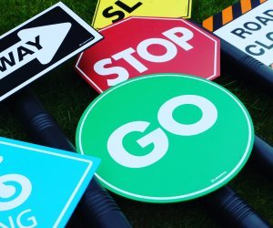 Play Traffic Signs