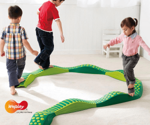 Wavy Tactile Balance Path Green